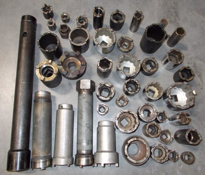 SKF-type wrenches for older Lamborghini, Ferrari, Maserati.